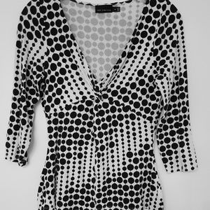 The Limited Bold Blk/Wht Gather Front Top